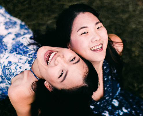 smile-laugh-together-laughteryoga-yoga-du-rire-vendee-audrey-longetti